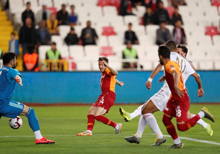 Sivasspor 4-3 Galatasaray (34. runde)